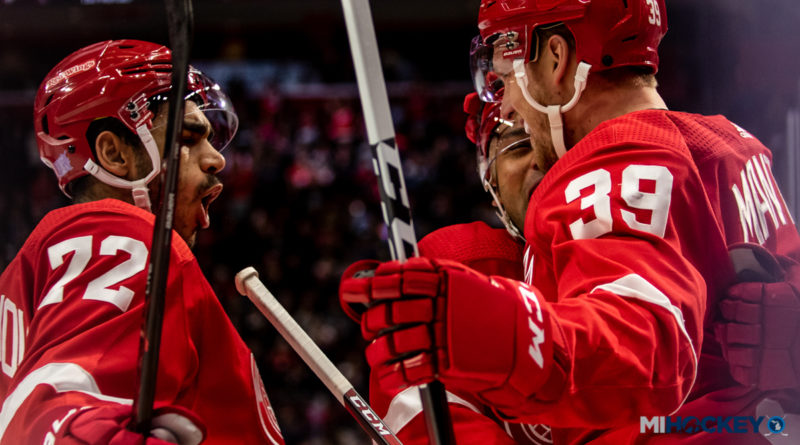 PHOTOS: Red Wings win big on Hockey Fights Cancer Night at LCA