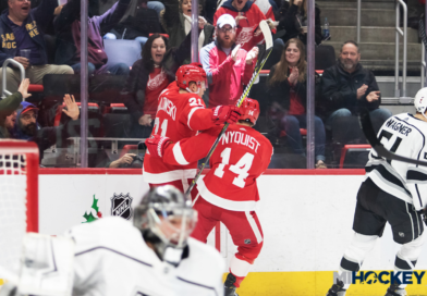 PHOTOS: Red Wings beat Kings 3-1
