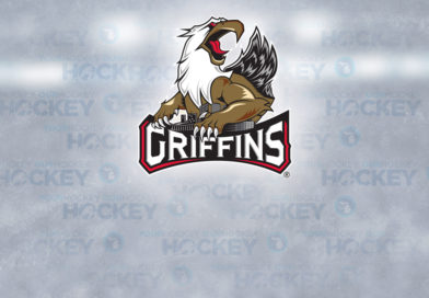Griffins ink BU captain Patrick Curry to two-year deal