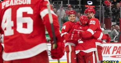PHOTOS: Red Wings beat Blackhawks in preseason opener